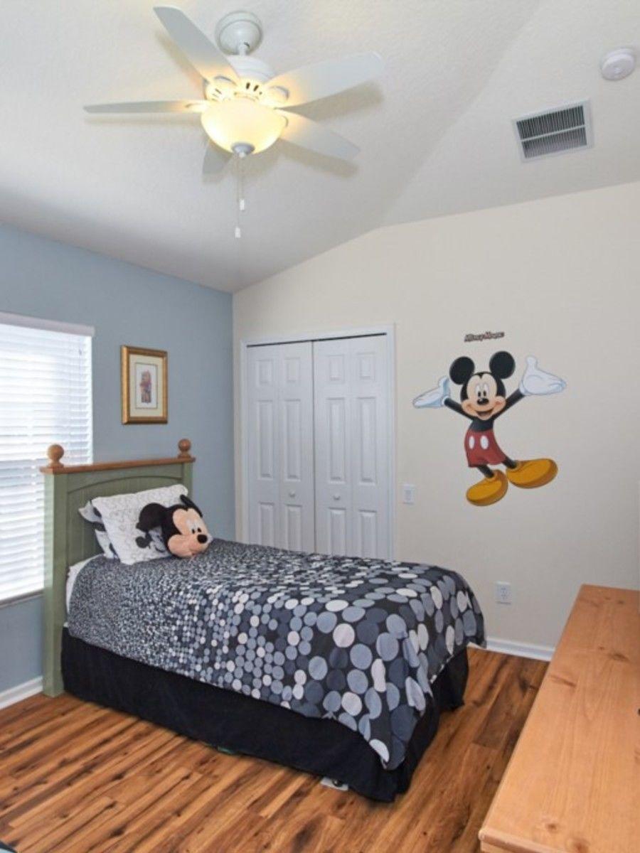 Portrait original bedroom2