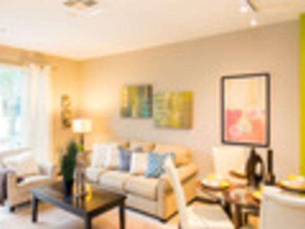 Detail thumb avalon living room 2