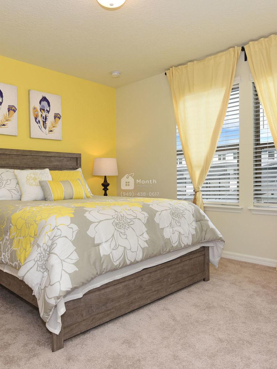 Portrait original bedroom 5 2000