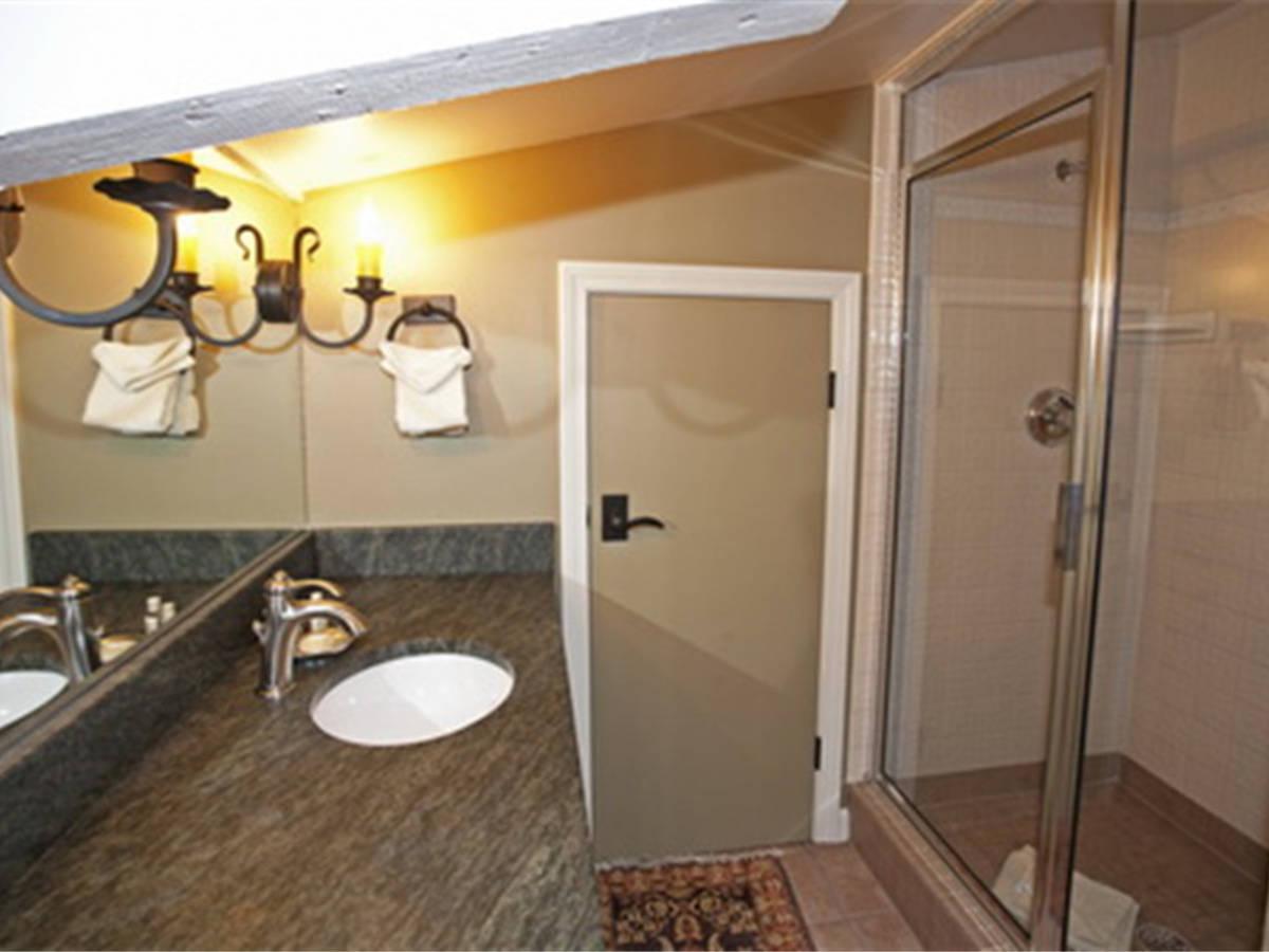 Computer original d3d loft bathroom